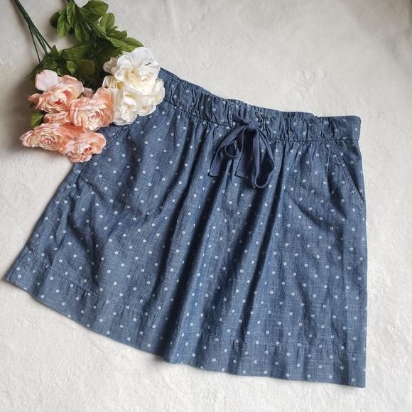 LOFT Dresses & Skirts - Ann Taylor loft Polka dot Chambray skirt